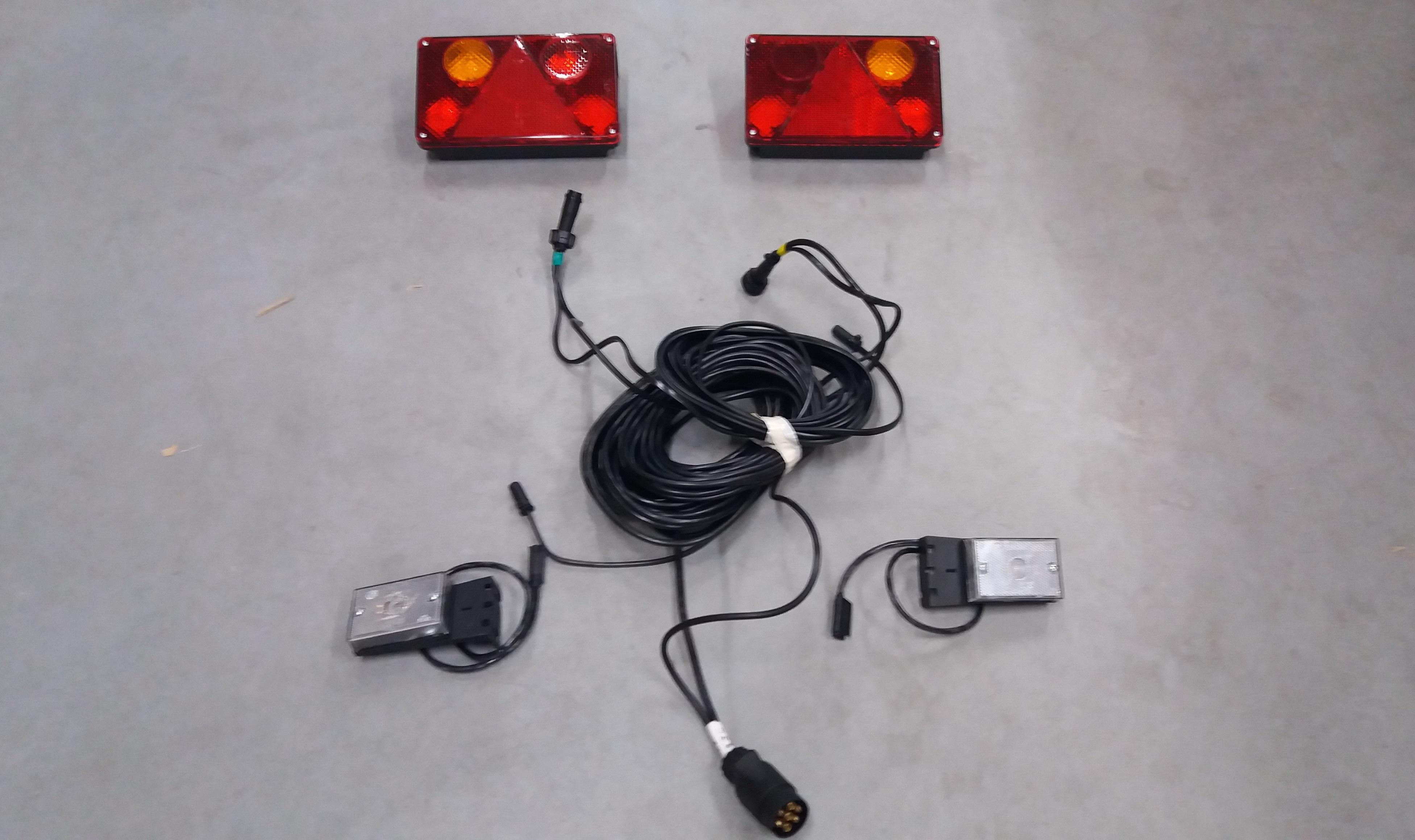Nett 7 Pin Bis 5 Pin Anhänger Schaltplan Fotos - Der Schaltplan ...