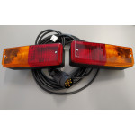 Zestaw oświetleniowy lamp żarówkowych zespolonych tylnych FT-007